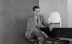 Correa al bar-restaurant de la planta 8a de la seu del COAC el 1962